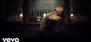 Video: Ariana Grande – Breathin
